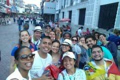 Spoznávanie mesta Panama, stetntie s pútnikmi